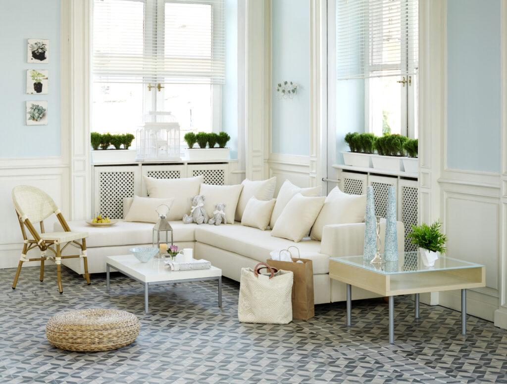 Patterned floor design in living room
