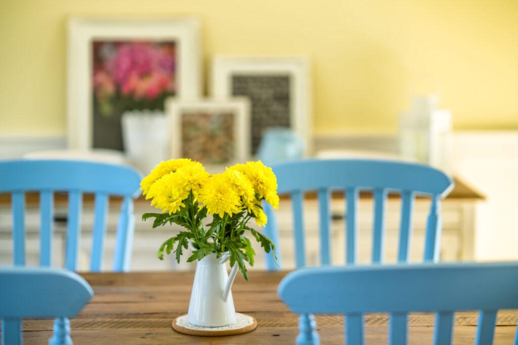 Floral bouquet arrangement set in a country house