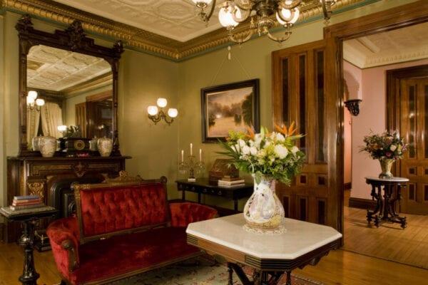 Sitting room in the Pines Inn
