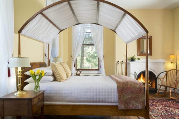 Canopied bed in Inn