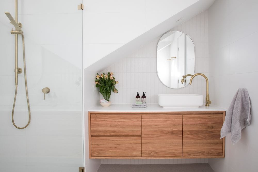 Minimalist modern bathroom in neutral colors