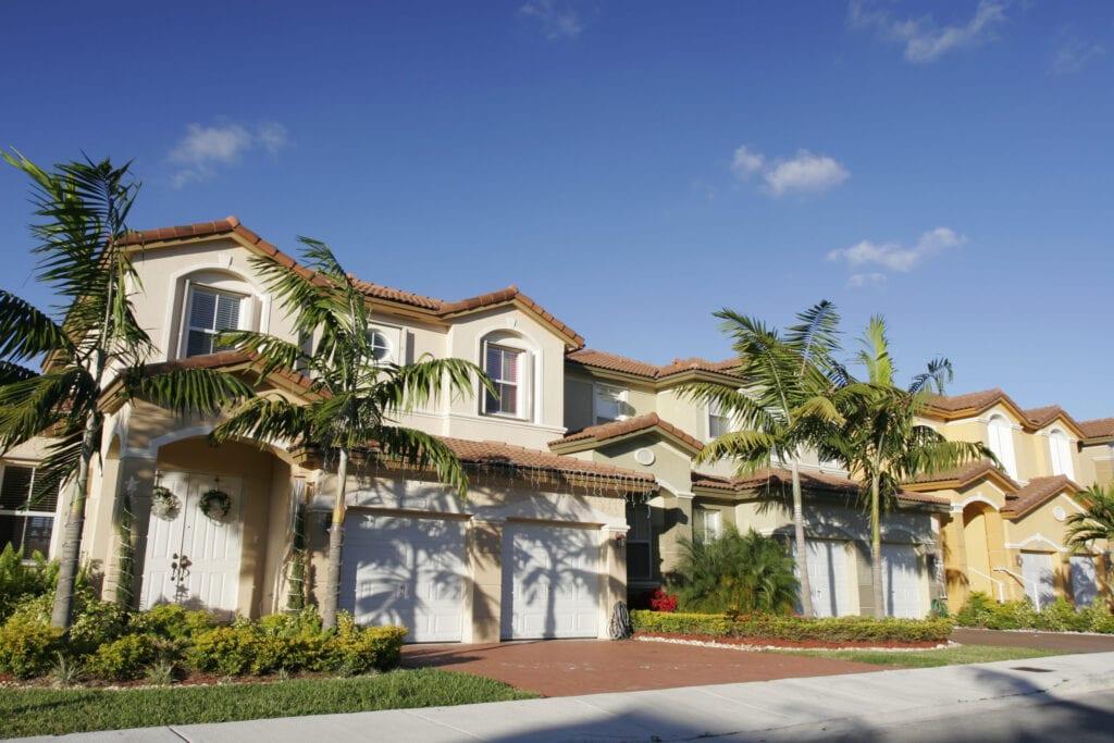 a newly built neighborhood in FL
